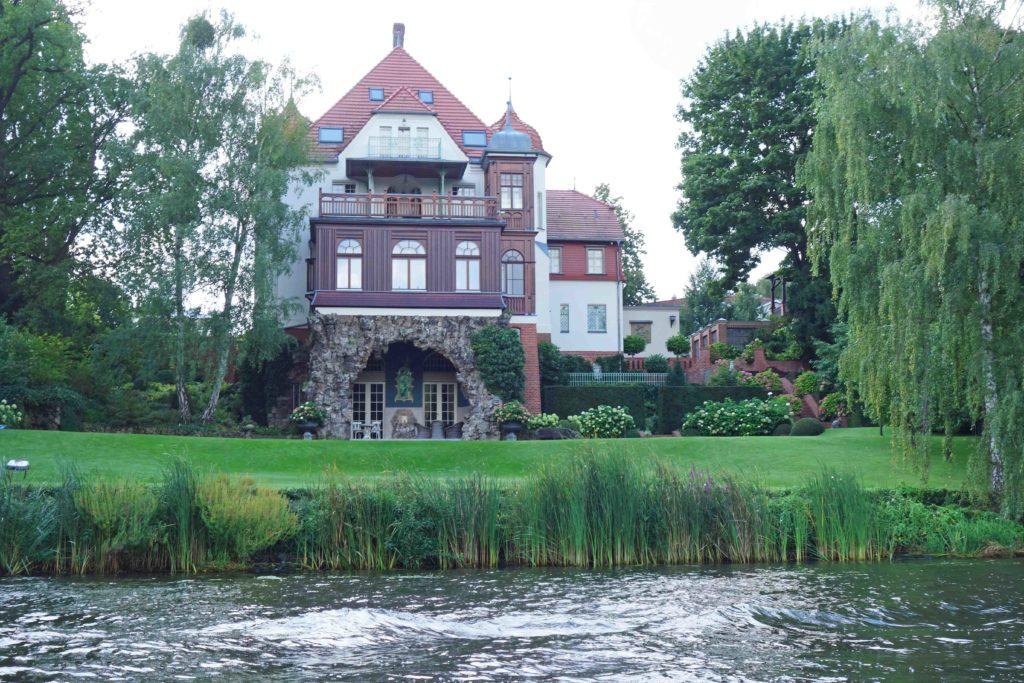 Villa am Griebnitzsee