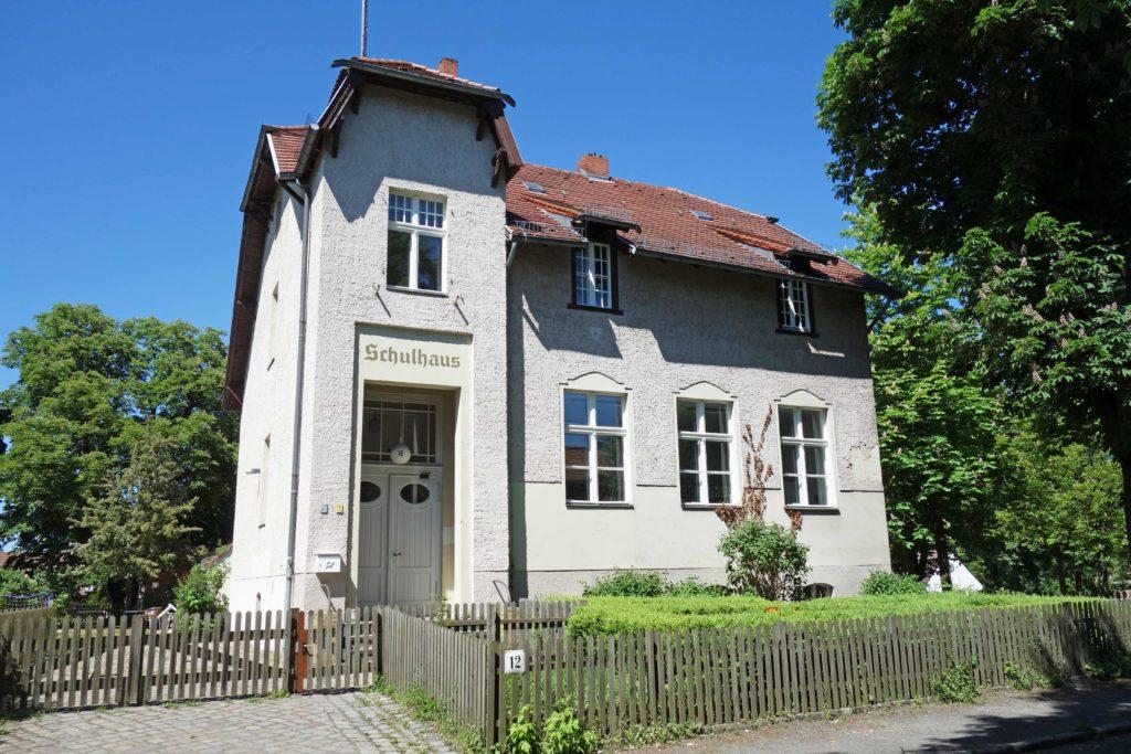 Schulhaus in Alt-Lübars