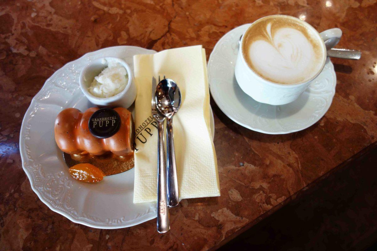 Kaffee & Kuchen im Karlsbader Grandhotel Pupp