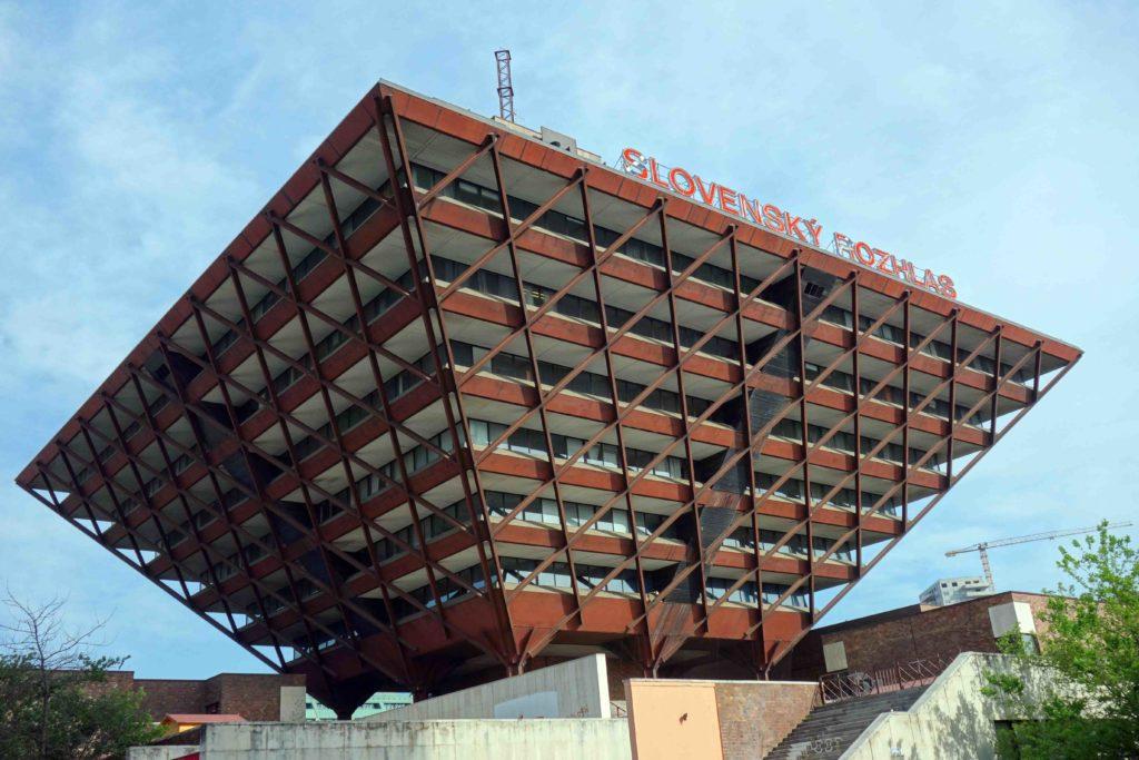 Umgedrehte Pyramide slowakischer Rundfunk