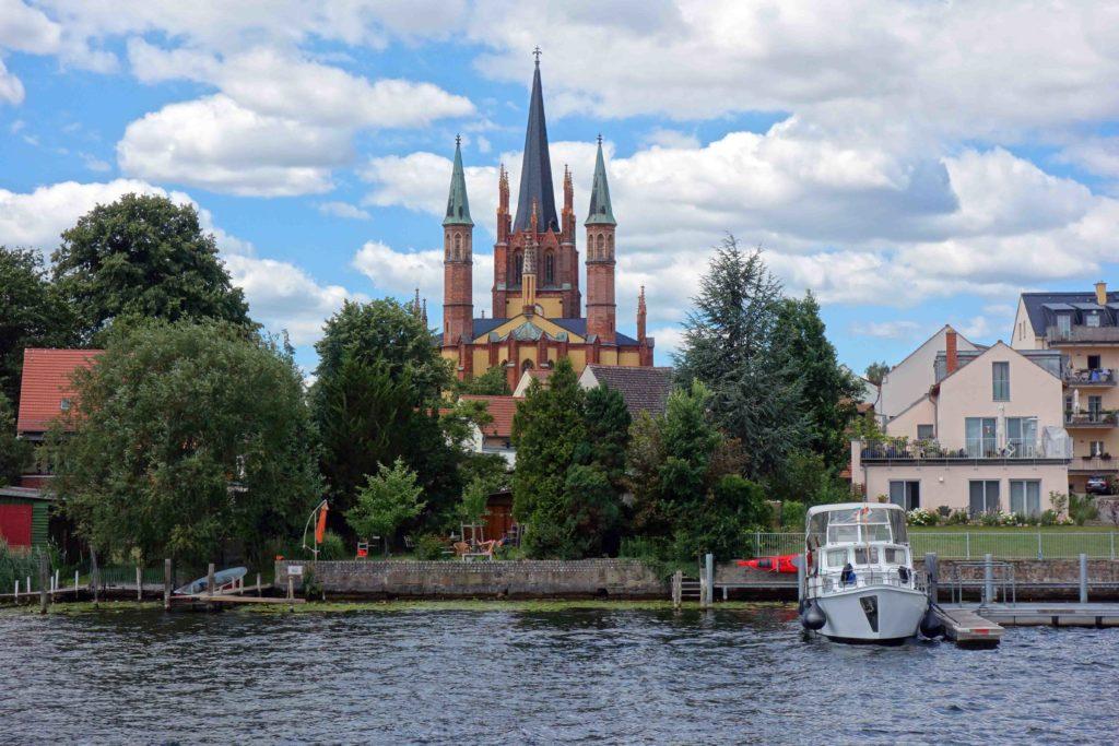 Heilig-Geist-Kirche Werder