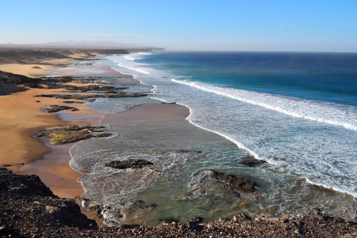 Wandern Fuerteventura: Klippen zwischen El Cotillo und Playa Esquinzo