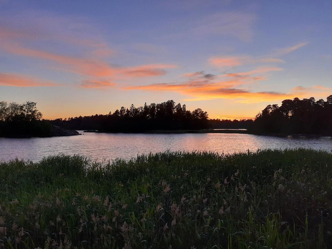 Mittsommer in Finnland: ewige Dämmerung